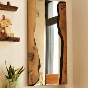 specchio in legno di design